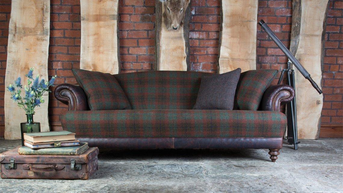 homeiswheretheheartis-british-interior-tartan-sofa