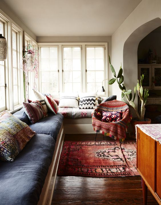 aztec-blanket-bohemian-blanket-bohemian-interior-indoor-plants-modern-living-room