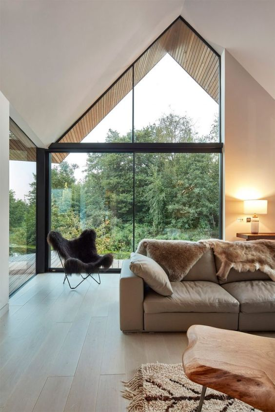 brown-fur-throw-modern-living-room
