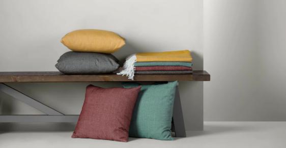 made-blanket-storage-bench